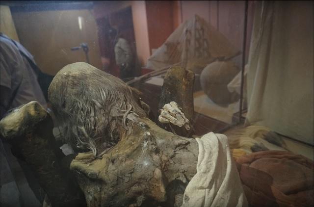 Mummy in Peru museum