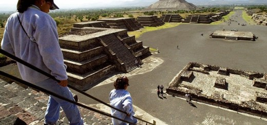 Entrance to the underworld discovered under Mexican pyramid