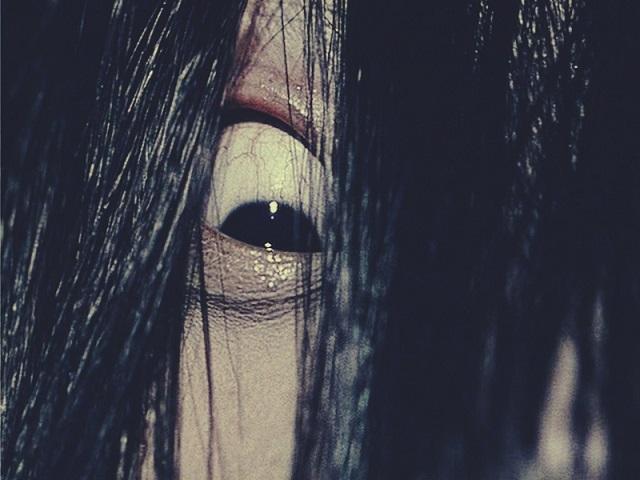 Eyeball creepy