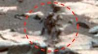Two aliens on Mars
