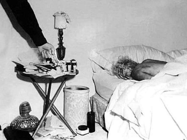 Marilyn Monroe body found autopsy