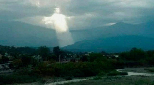 Giant Jesus Figure Appears Above Argentinian City