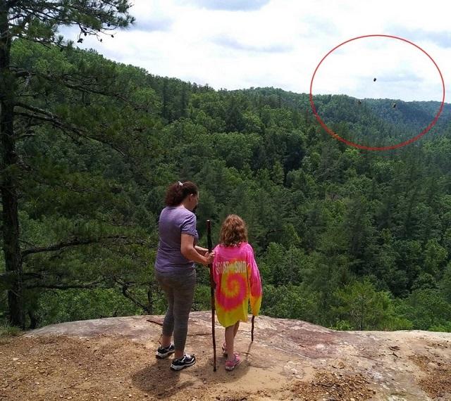 Hoving stones in sky Kentucky