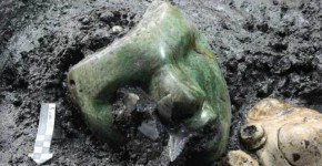 Green Serpentine mask Mexico discovery
