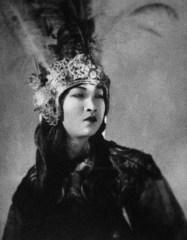 Portrait-of-Anna-Mae-Wong