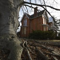 Freaktography Creepy Abandoned House