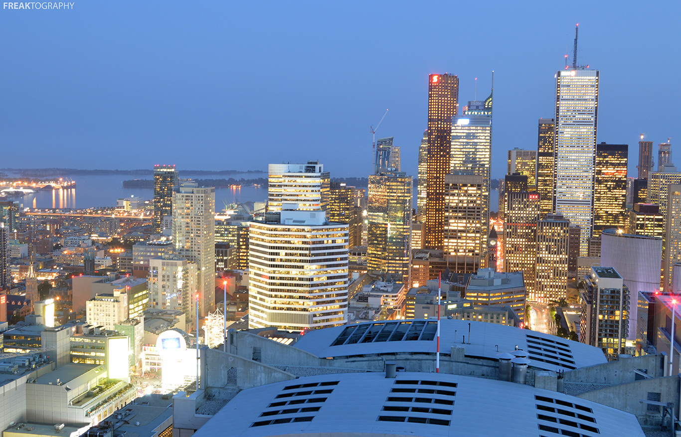 blue hour rooftopping