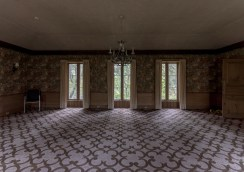 Abandoned Ontario Mansion-27.jpg