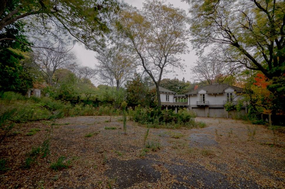 Abandoned Ontario Mansion-92.jpg