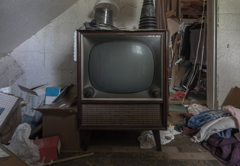 Freaktography, abandoned, abandoned photography, abandoned places, antique tv, bube tube, creepy, decay, derelict, freaktography.com, haunted, haunted places, photography, television, urban exploration, urban exploration photography, urban explorer, urban exploring