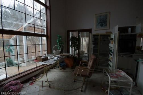 Freaktography, abandoned, abandoned cat lady house, abandoned photography, abandoned places, cat lady house, creepy, decay, derelict, haunted, haunted places, photography, urban exploration, urban exploration photography, urban explorer, urban exploring