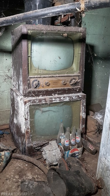 Freaktography, Pepsi, abandoned, abandoned house basement, abandoned photography, abandoned places, creepy, decay, derelict, haunted, haunted places, old pepsi bottles, photography, televisions, tv, urban exploration, urban exploration photography, urban explorer, urban exploring
