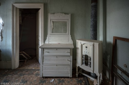 Freaktography, abandoned, abandoned photography, abandoned places, antique furniture, antiques, creepy, decay, derelict, dresser, green, haunted, haunted places, photography, urban exploration, urban exploration photography, urban explorer, urban exploring