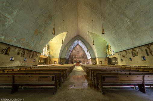 Abandoned Church, Freaktography, PEWS, abandoned, abandoned photography, abandoned places, church, creepy, decay, derelict, haunted, haunted places, photography, rule of thirds, urban exploration, urban exploration photography, urban explorer, urban exploring