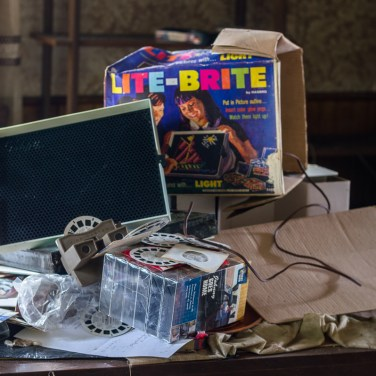 Freaktography, abandoned, abandoned photography, abandoned places, creepy, decay, derelict, haunted, haunted places, lite brite, lite-brite, old lite-brite, photography, urban exploration, urban exploration photography, urban explorer, urban exploring, viewmaster