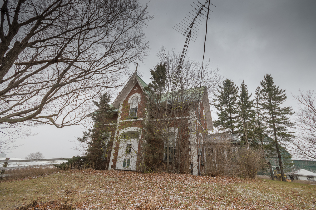 The Fowler House | Abandoned Farm House | Urban Exploration | Ontario