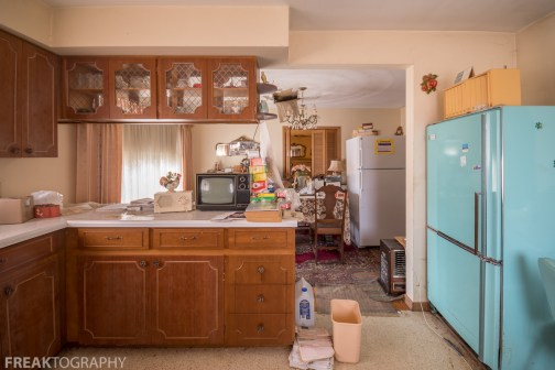 Abandoned Time Capsule House Exploring Full of Contents