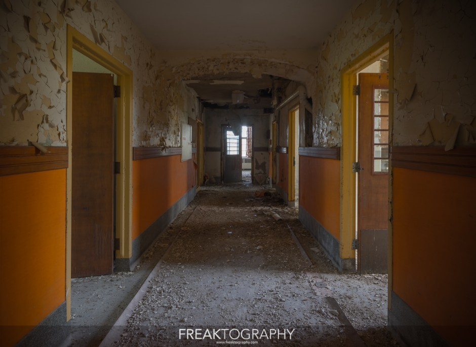 St Thomas Psychiatric Hospital Hallway 2018.
