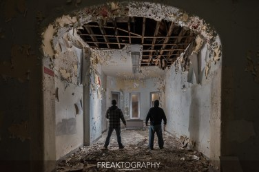 Abandoned Century Manor Hamilton Ontario-13.jpg