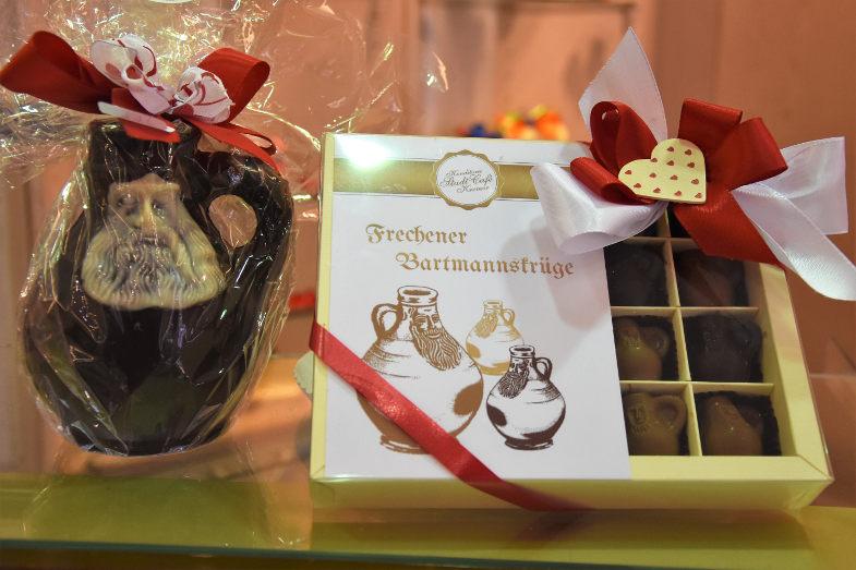 Bartmannkrüge aus Schokolade und als Nougat-Pralinen