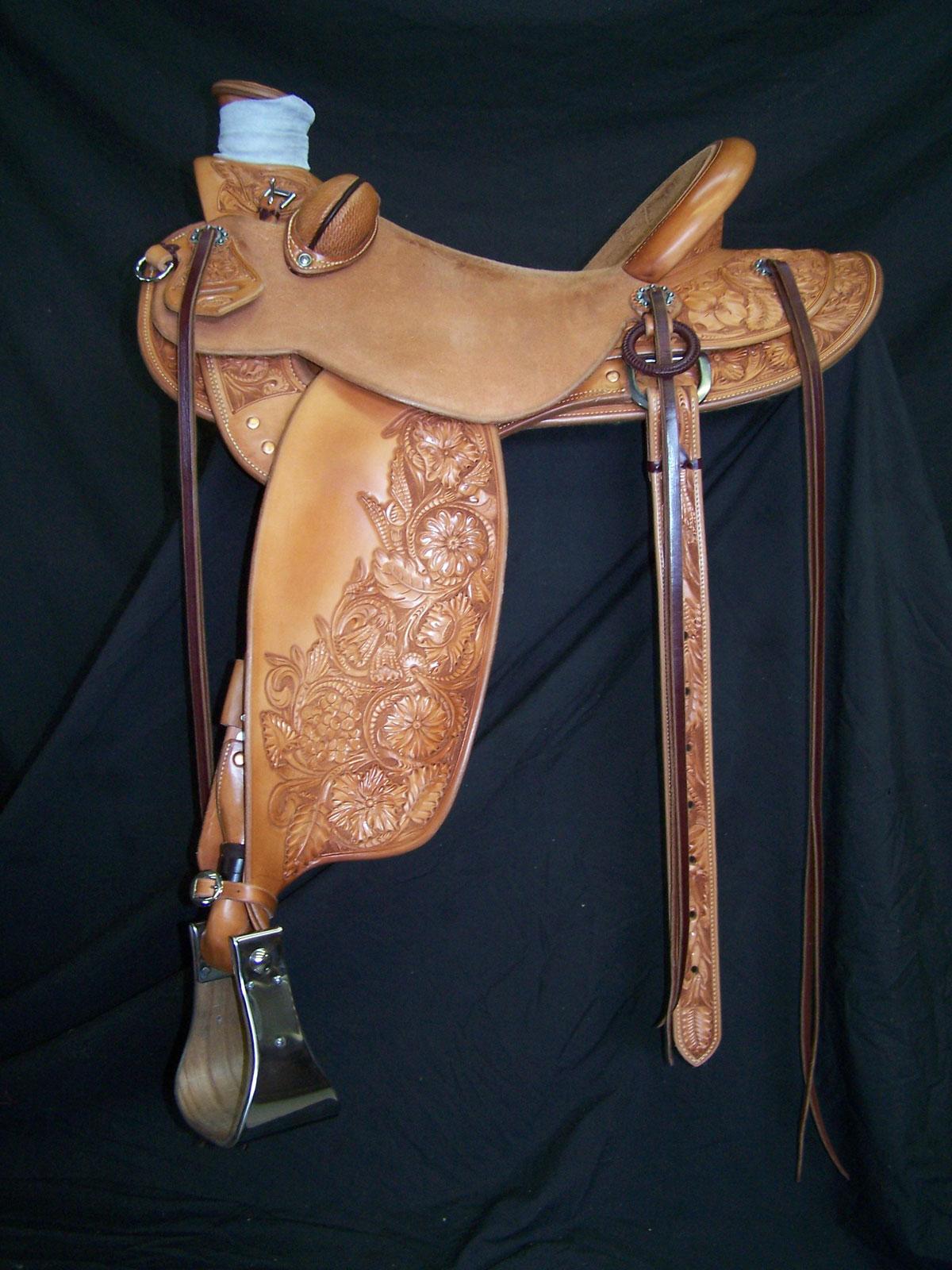 3 4 Tooled Saddles