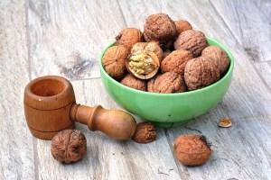 walnut-1710571_640