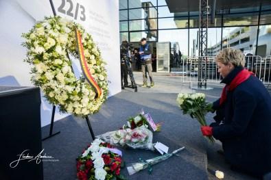 Commemorations du 22 mars, un an après les attentats à l'aeroport de Bruxelles et à la Station de Metro Maelbeek. En presence du Roi Philippe et de la Reine Mathilde ainsi que le premier ministre Charles Michel. Bruxelles, le 22 mars 2017, Belgique