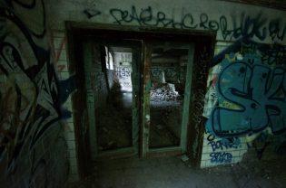Kelder ruine Parc des Oblats