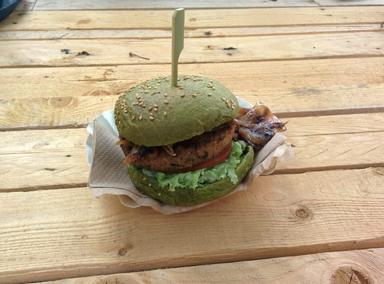 Paradise City Dutch Weed Burger