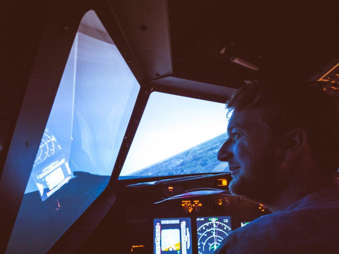 Flight Simulator Schiphol web-3 |