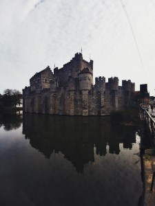 The Ultra-wide Angle of the Huawei Mate 20 Pro in Ghent