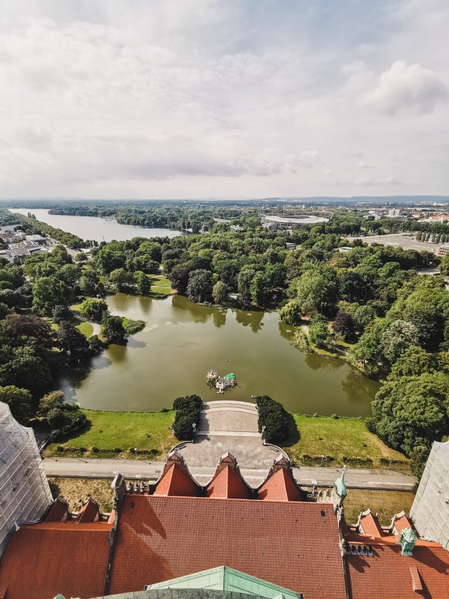 View-from-the-Neues-Rathaus-in-hannover