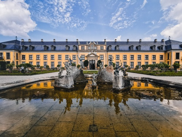 the-palace-in-Herrenhausen-Gardens