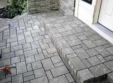 selling curb appeal add