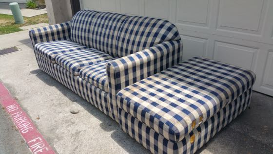 Affordable Couch Haul Away In San Go
