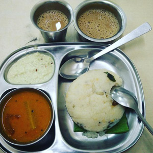 Kaapi and Upma at Madras Café/ Idli House
