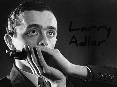 Larry Adler con armónica cromática