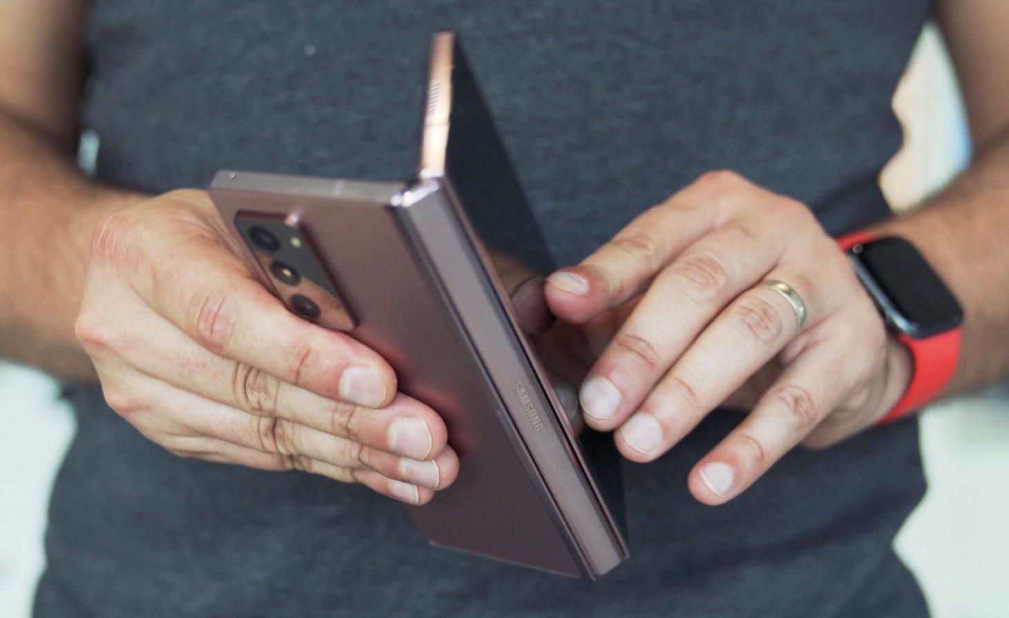 Le Pixel Fold miserait sur un écran Samsung