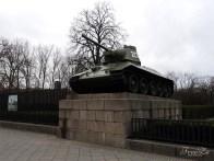 Berlínské dobrodružství: tank T-34-76, Sowjetisches Ehrenmal