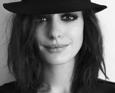 Beauty With Black Hat