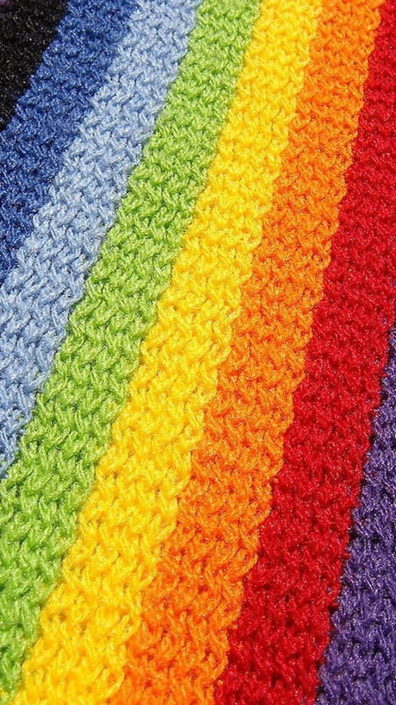 Iphone 4s Ios 7 Wallpaper Colorful Knitting Wool Wallpaper Free Iphone Wallpapers