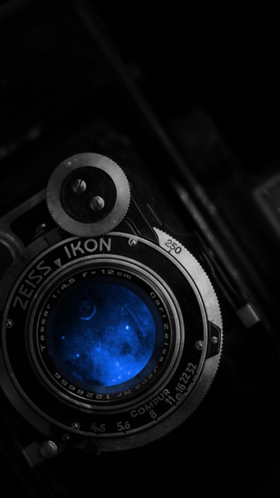 Dslr Camera With Girl Wallpaper Zeiss Ikon Lenses Nikon Wallpaper Free Iphone Wallpapers