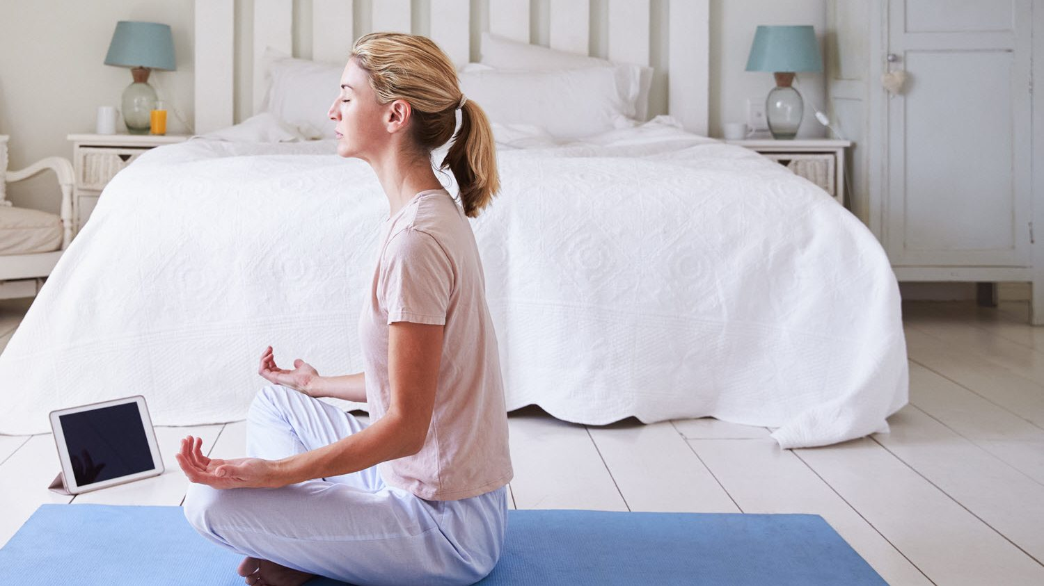 Top 10 Free Meditation Apps For iPhone, iPad and Apple Watch