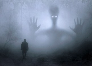 This Alien Abduction Therapist Is Here To Explain Extraterrestrial Encounters People Have Faced
