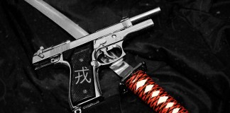 Family Dollar Clerk Pulls Gun On Robbers Armed With Swords