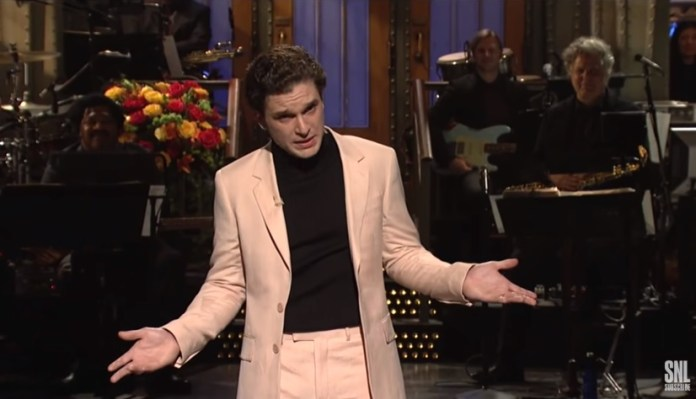 Kit Harington AKA Jon Snow Hosted SNL This Weekend And His Monologue Was Gold