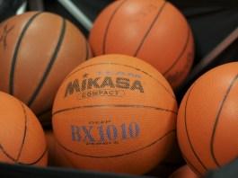 Evil Parent Trips Kid On Opposing Team During Basketball Game