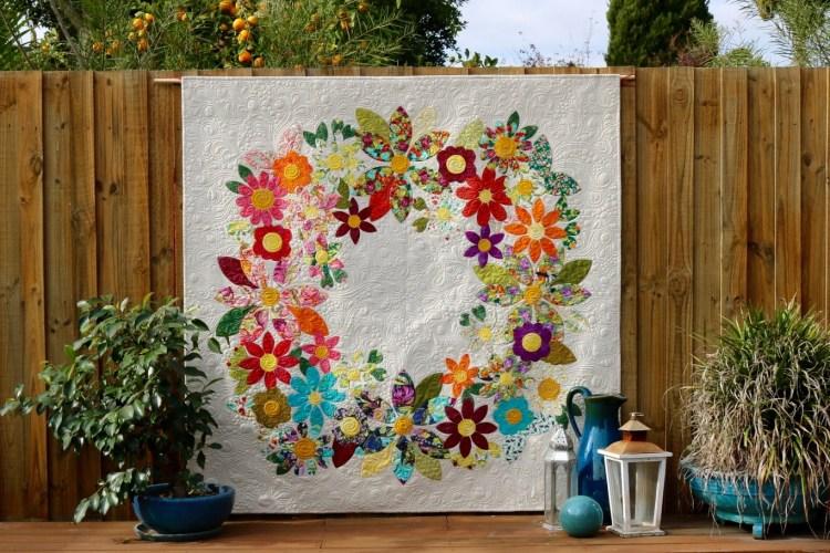 Sage Flowering Wreath Quilt