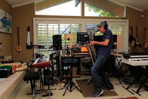 John Wareen is palying saxophone in his studio from 1955 to 2021