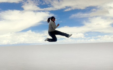 Jumping about the horizon